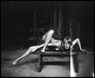 BenBen-la fille sur le banc_02